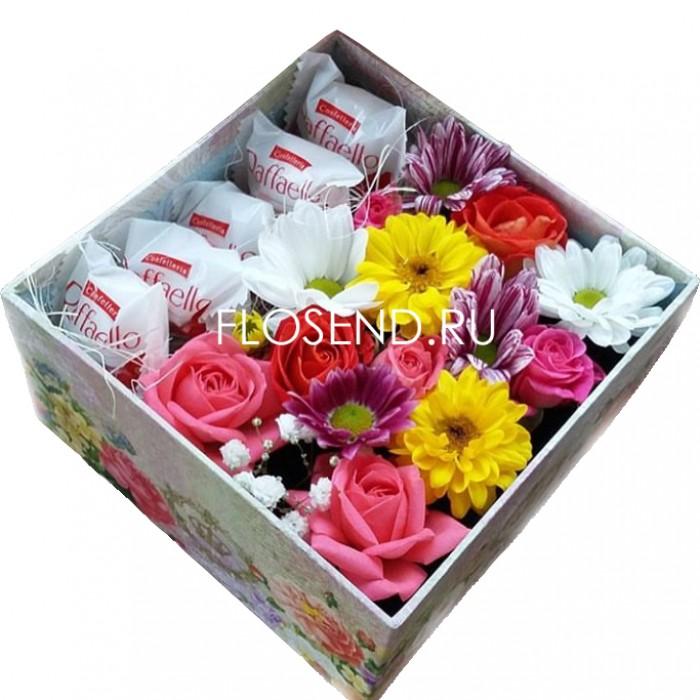 Цветы и сладости в коробке № 191